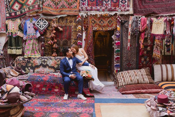 Fadli and  Sandy Pre Wedding Photo in Cappadocia by Dedot Photography - 004