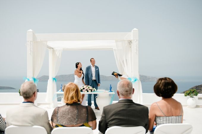 Intimate Santorini Dream Wedding by Teodora Simon Wedding Photography - 019