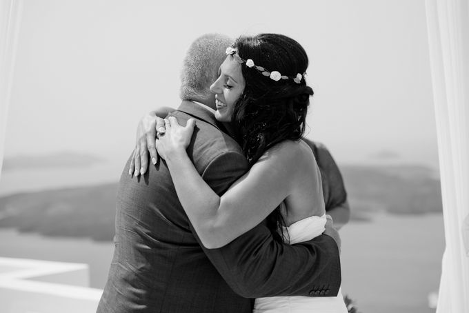 Intimate Santorini Dream Wedding by Teodora Simon Wedding Photography - 027