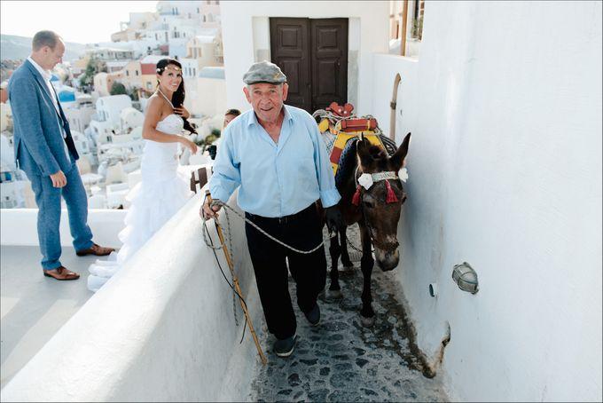 Destination Wedding in Santorini by Teodora Simon Wedding Photography - 040