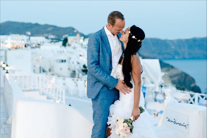 Destination Wedding in Santorini by Teodora Simon Wedding Photography - 042