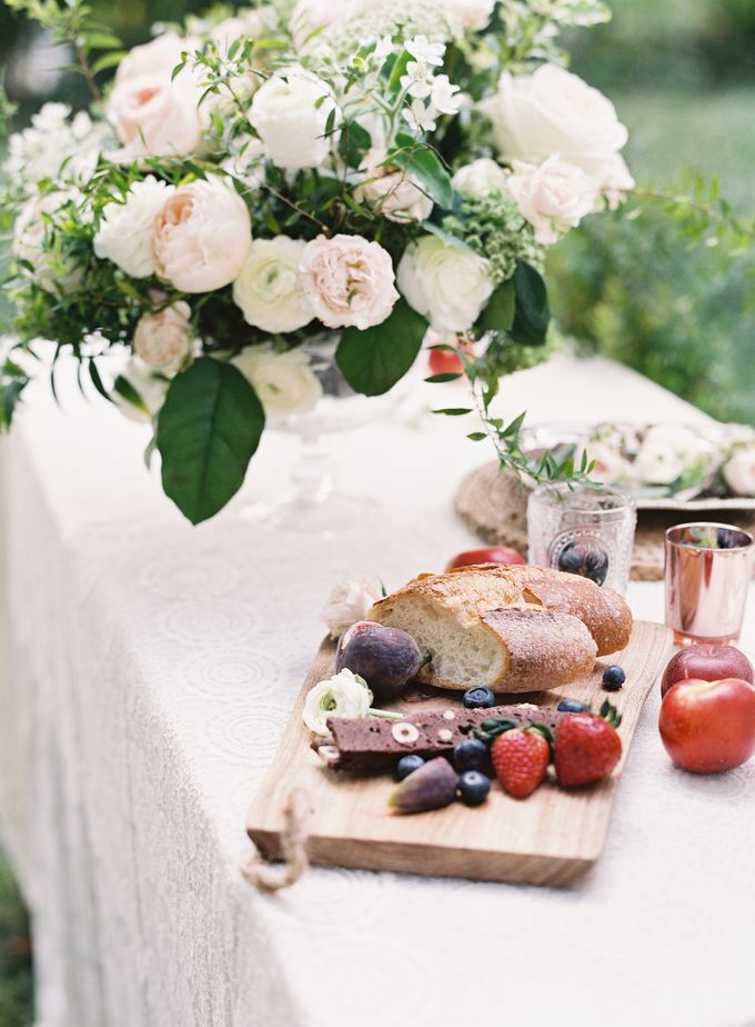 Garden Styled Shoot with Vintage Touch by Savour Productions - 010
