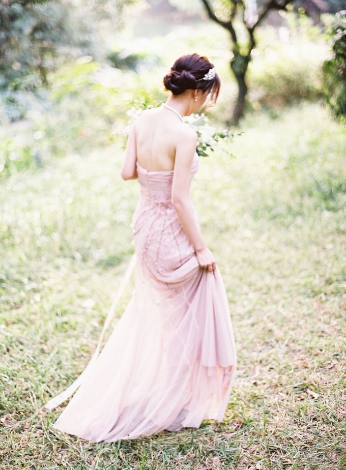 Garden Styled Shoot with Vintage Touch by Savour Productions - 014