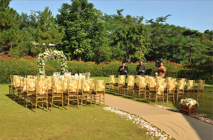Garden Rustic for Ratu & Ian Lothringer by Catalina Flora - 003
