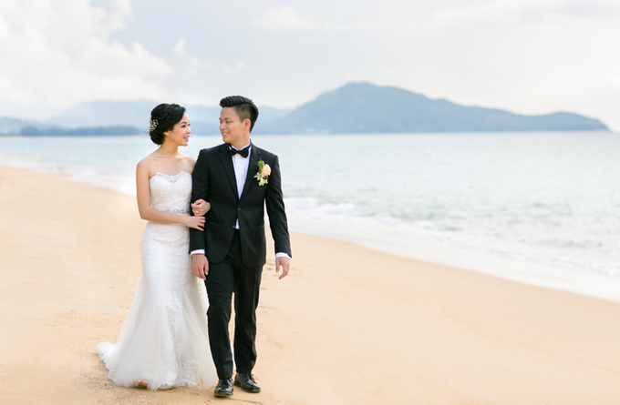 Beach Wedding by Wheres The Fish Productions - 004