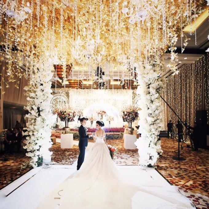 wedding of  Calvin and Marissa by Vivi Valencia - 004