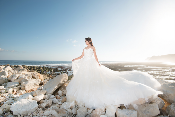 Fence & Indri by Michelle Ann Bridal House - 004