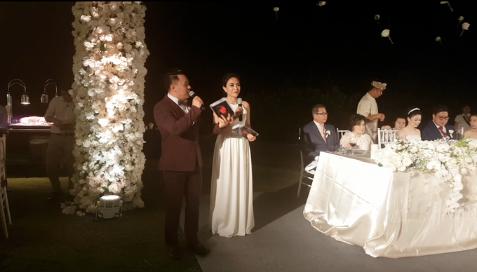 Hans & Sheila Wedding Reception at The Ritz Carlton Bali by MC Nirmala Trisna - 002