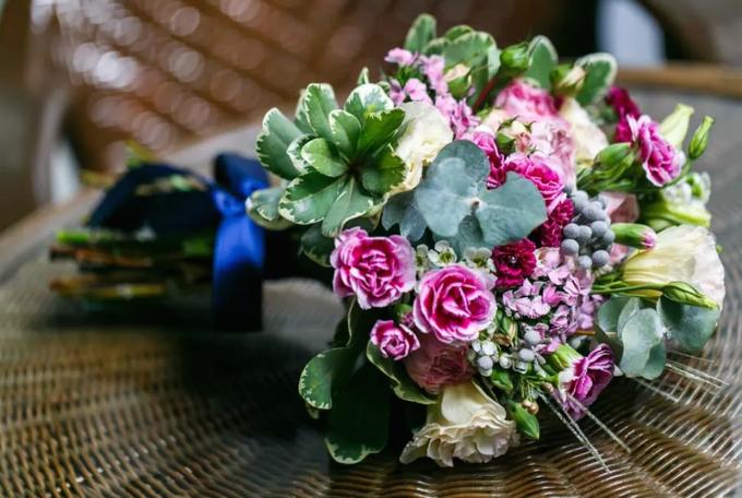Bridal Bouquets by Ever & Blue Floral Design - 021