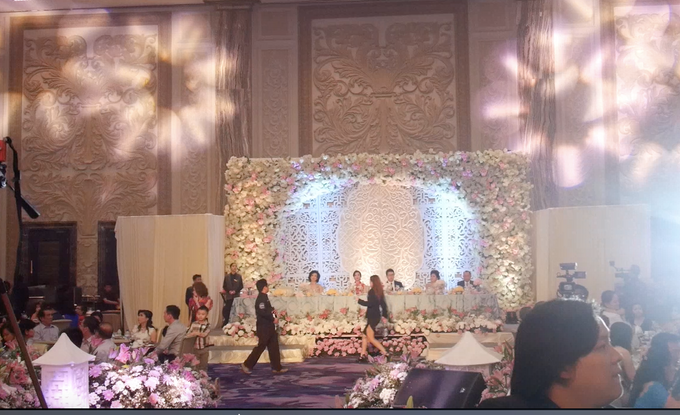 Makassar Grand Wedding of Arif and Ivana at Upper Hills by ShiLi & Adi - 010