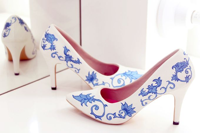 SLIGHT SEPATU POINTED PORCELAIN BIRU by SLIGHTshop.com - 003