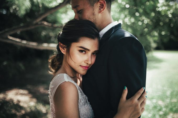 Boho Romance in the Woods by Keira Floral - 009
