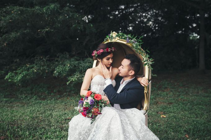 Boho Romance in the Woods by Keira Floral - 030