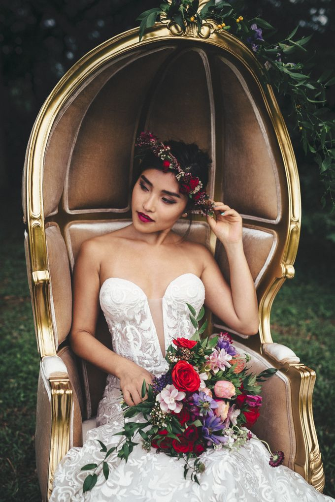 Boho Romance in the Woods by Keira Floral - 032