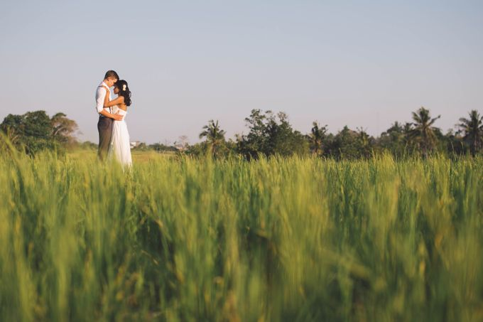 Sunset Styled Shoot by Mary Lynn Bridal - 006