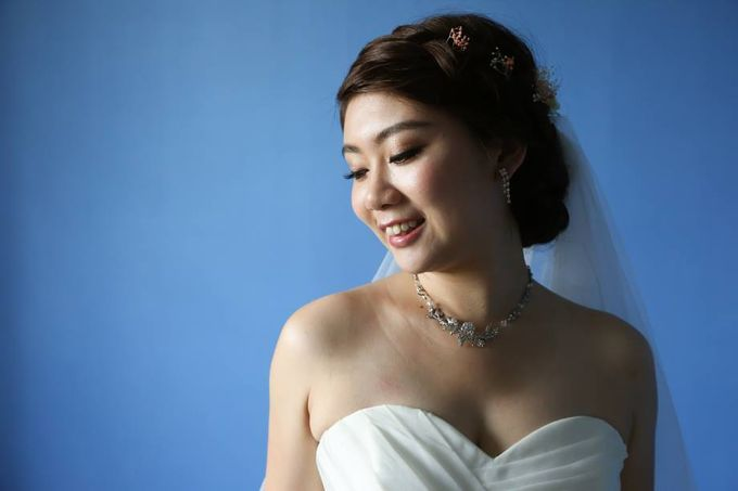 Actual Day Bridal Makeup and Hairstyling (Sharon + Zhi Xiong) - Romantic, Floral Bohemian Chic. by Sylvia Koh Makeup and Hairstyling - 001