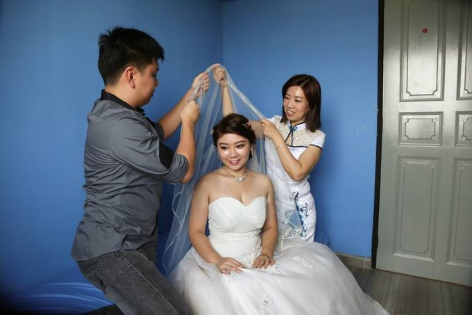 Actual Day Bridal Makeup and Hairstyling (Sharon + Zhi Xiong) - Romantic, Floral Bohemian Chic. by Sylvia Koh Makeup and Hairstyling - 007