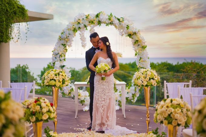 Intimated Sunset Wedding Sheraton Kuta by Sheraton Bali Kuta Resort - 006
