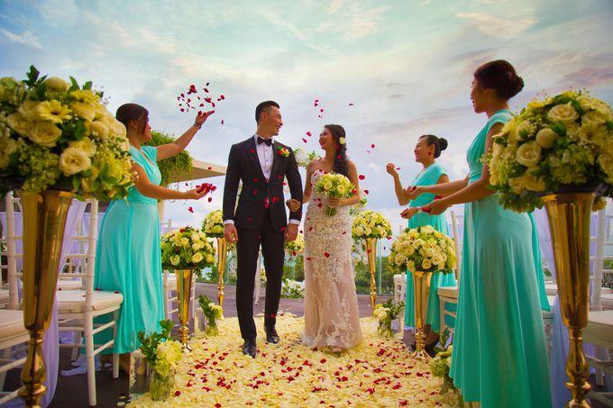 Intimated Sunset Wedding Sheraton Kuta by Sheraton Bali Kuta Resort - 001