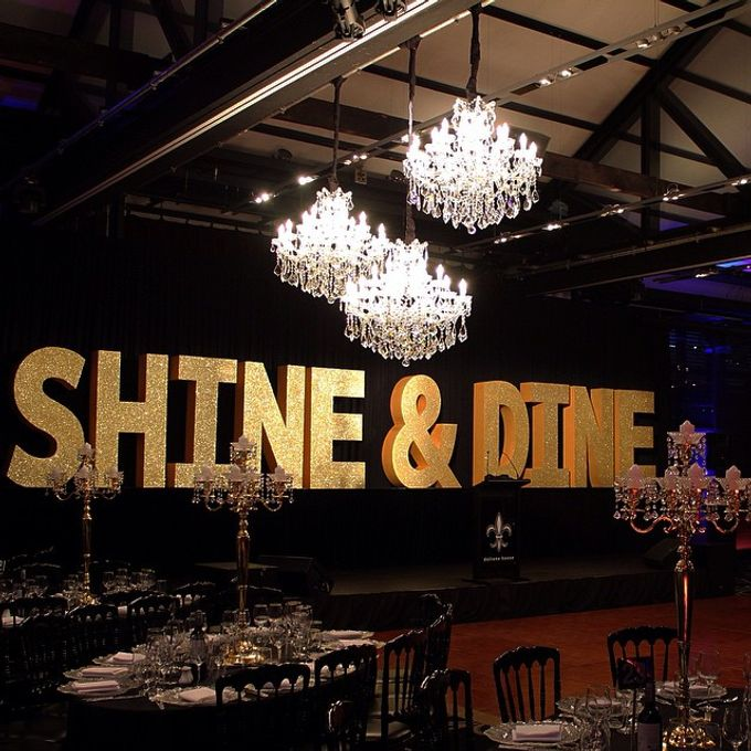 Add To Board Shine Dine Event 2017 By Starlight Chandeliers 002