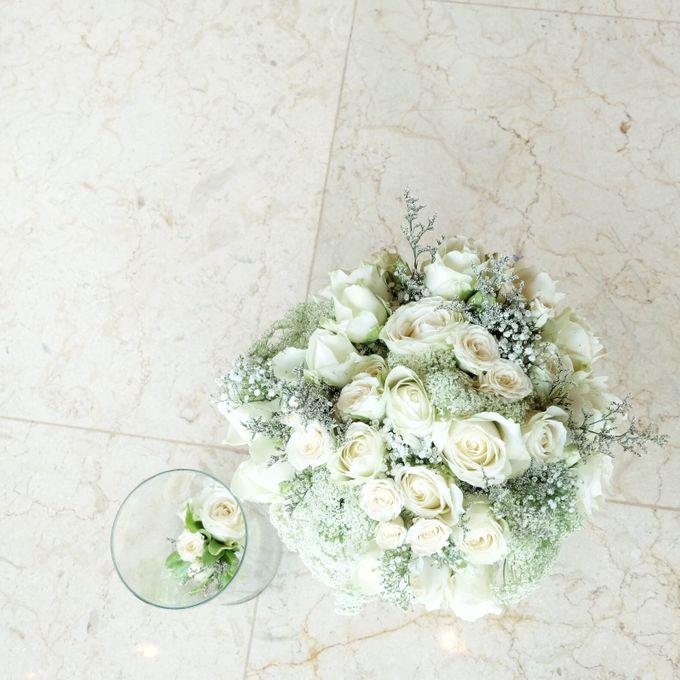 Bridal Bouquet by Fleur de Lis - 002