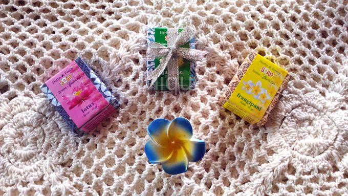 Mini Environmentally Friendly Soap - Batik by Uniquely Souvenirs - 001