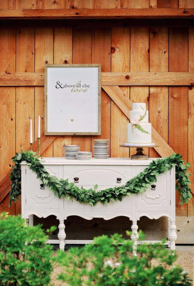 Styled Shoot with Pursuing Eden Rentals by Bloomsbythebox.com - 004
