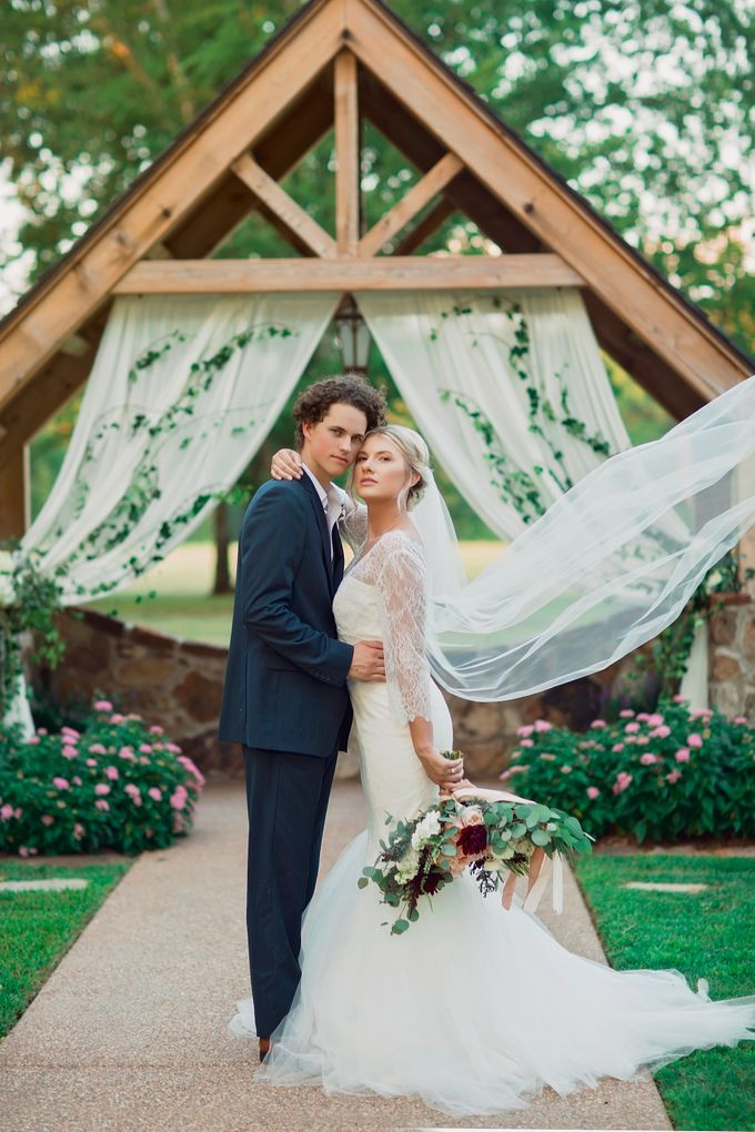 Styled Shoot with Pursuing Eden Rentals by Bloomsbythebox.com - 005