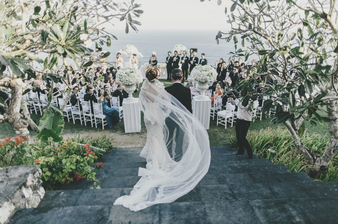 SUNSET BY THE CLIFF by The Wedding Atelier - 001
