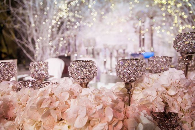 Winter Wedding by Wedding People - 016