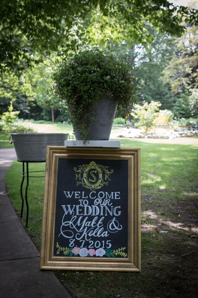 Outdoor Michigan Wedding by Photography by Collette - 002