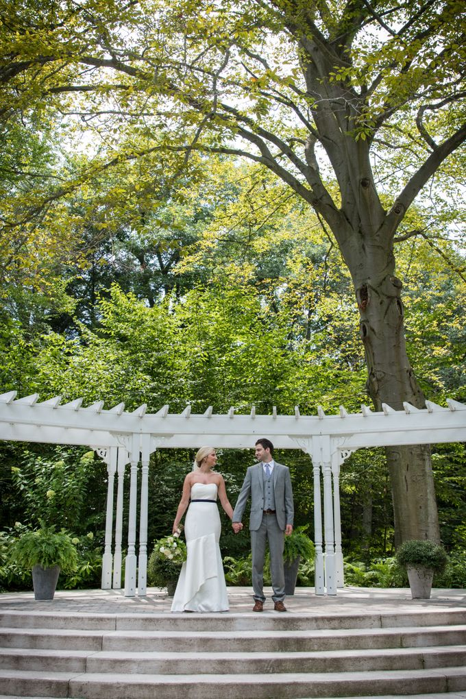 Outdoor Michigan Wedding by Photography by Collette - 022