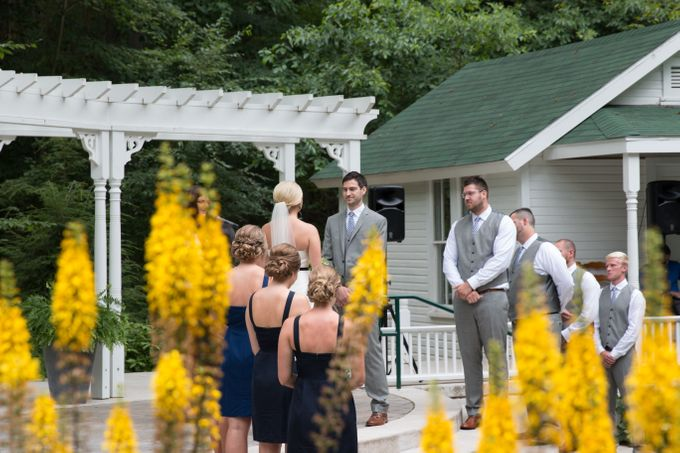 Outdoor Michigan Wedding by Photography by Collette - 025