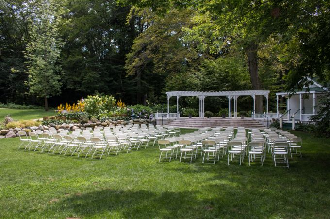 Outdoor Michigan Wedding by Photography by Collette - 008