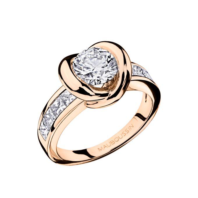 Swan Princess diamond ring by MAUBOUSSIN - 003