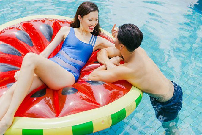 Pop Art Poolside by Everitt Weddings - 038