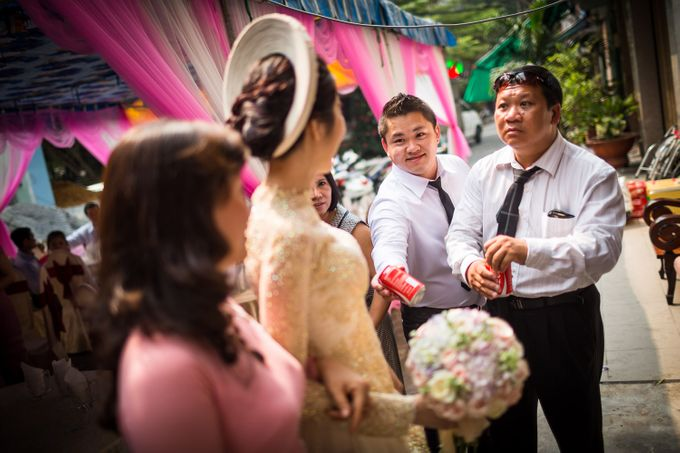 Khoa & Vy, The White Palace, Ho Chi Minh City by Tim Gerard Barker Wedding Photography & Film - 008