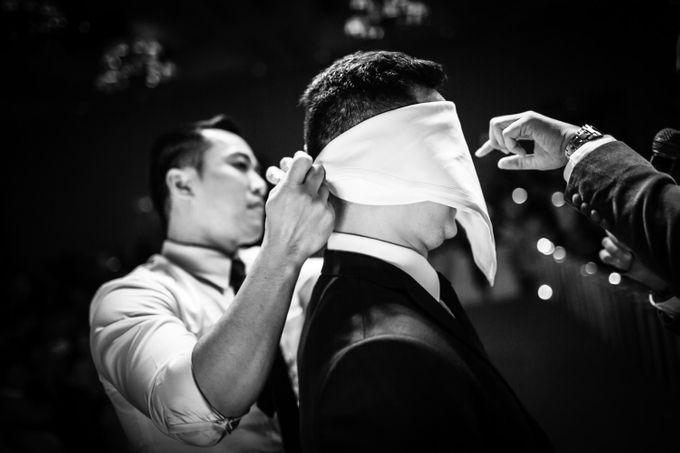 Khoa & Vy, The White Palace, Ho Chi Minh City by Tim Gerard Barker Wedding Photography & Film - 019
