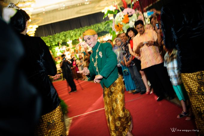 The Wedding of Rizqi & Diar by The Wagyu Story - 028