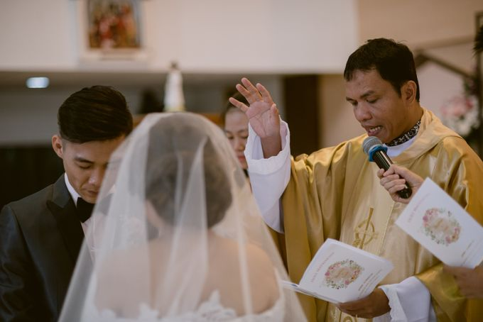 Herman & Vian Wedding Day by Chroma Pictures - 039