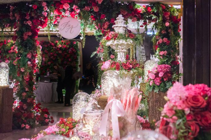 A rose garden themed wedding at the ritz carlton hong kong by the add to board a rose garden themed wedding at the ritz carlton hong kong by the wedding company junglespirit Gallery