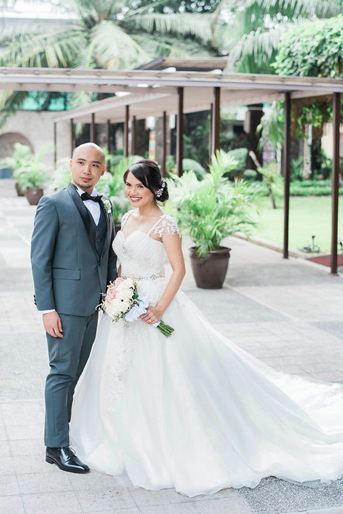 The Bellevue Manila Wedding by Lloyed Valenzuela Photography - 047