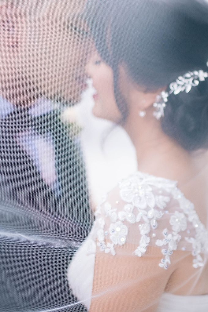 The Bellevue Manila Wedding by Lloyed Valenzuela Photography - 049