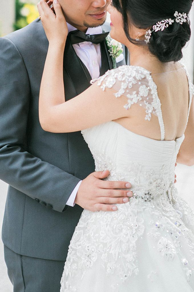 The Bellevue Manila Wedding by Lloyed Valenzuela Photography - 050