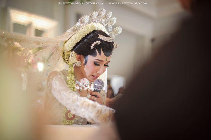 Tiwi + Rio Wedding by Thepotomoto Photography - 044