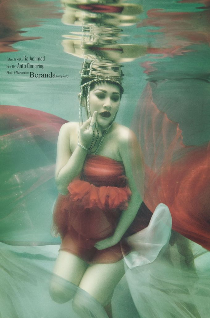 Underwater Maternity by BERANDA PHOTOGRAPHY - 006