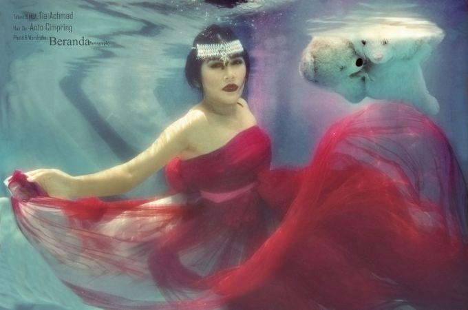 Underwater Maternity by BERANDA PHOTOGRAPHY - 007