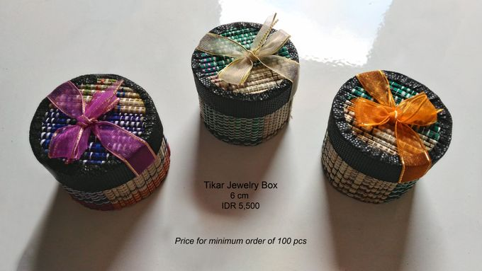 Traditional Jewelry Box by Uniquely Souvenirs - 002