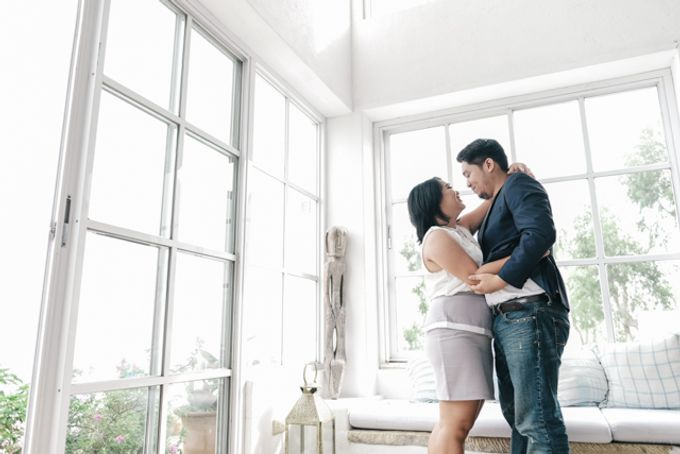 JESTONI AND ROSELLE ENGAGEMENT SESSION by Vintanna Photography - 010
