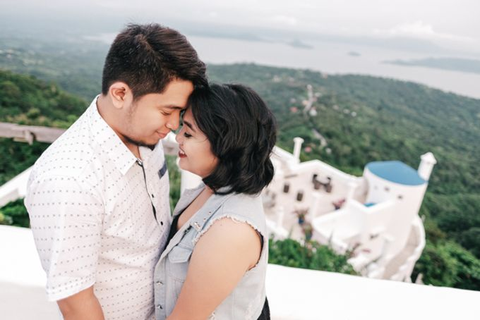 JESTONI AND ROSELLE ENGAGEMENT SESSION by Vintanna Photography - 020
